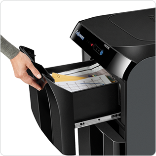 Jam Guard Paper Shredding System-JamGuard System™ prevents shredding interruptions for jam free operation
